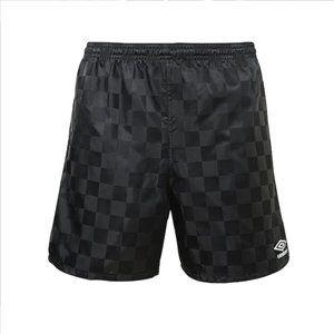 (B💲8)NWT Boys Umbro Black Checkerboard Lrg Shorts